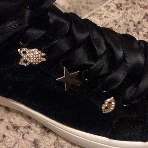 Steve Madden Black Velvet Sneakers